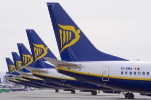 Ryanair tails (Ryanair)