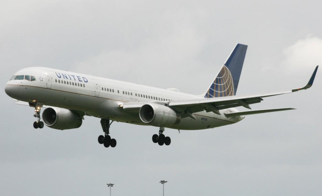 United B757 (IMG1760 JL)