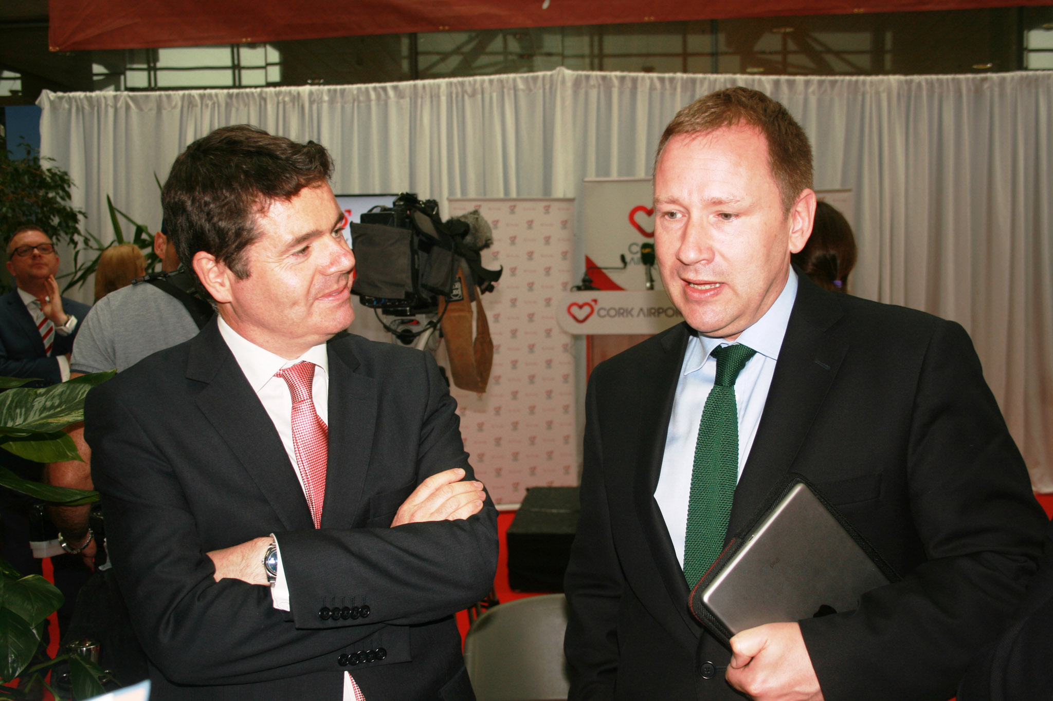 Minister Donohoe & Aer Lingus Chief Executive Stephen Kavanagh (IMG4228 JL)