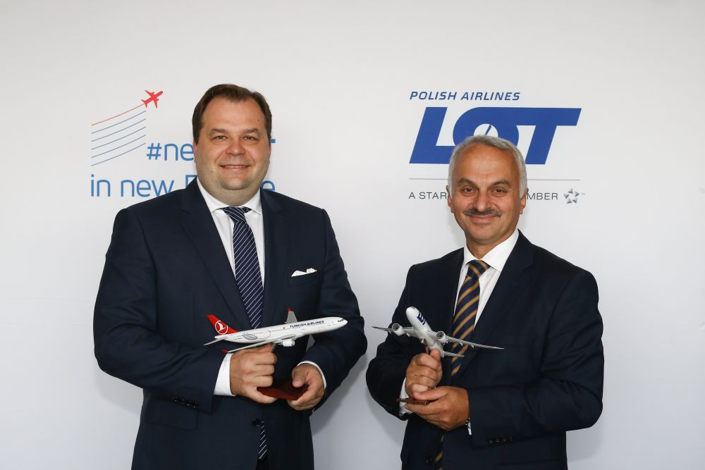 Temel Kotil CEO of Turkish Airlines & Sebastian Mikosz, LOT Polish Airlines CEO
