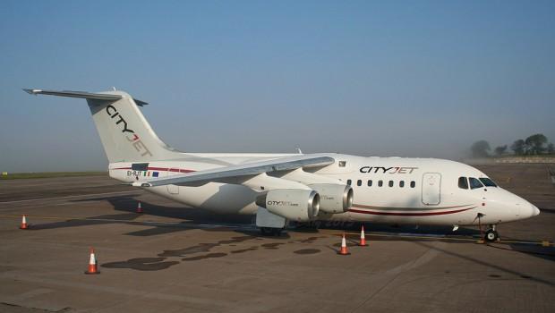 EI-RJT RJ85 Cityjet at Cork (Paul Daly)