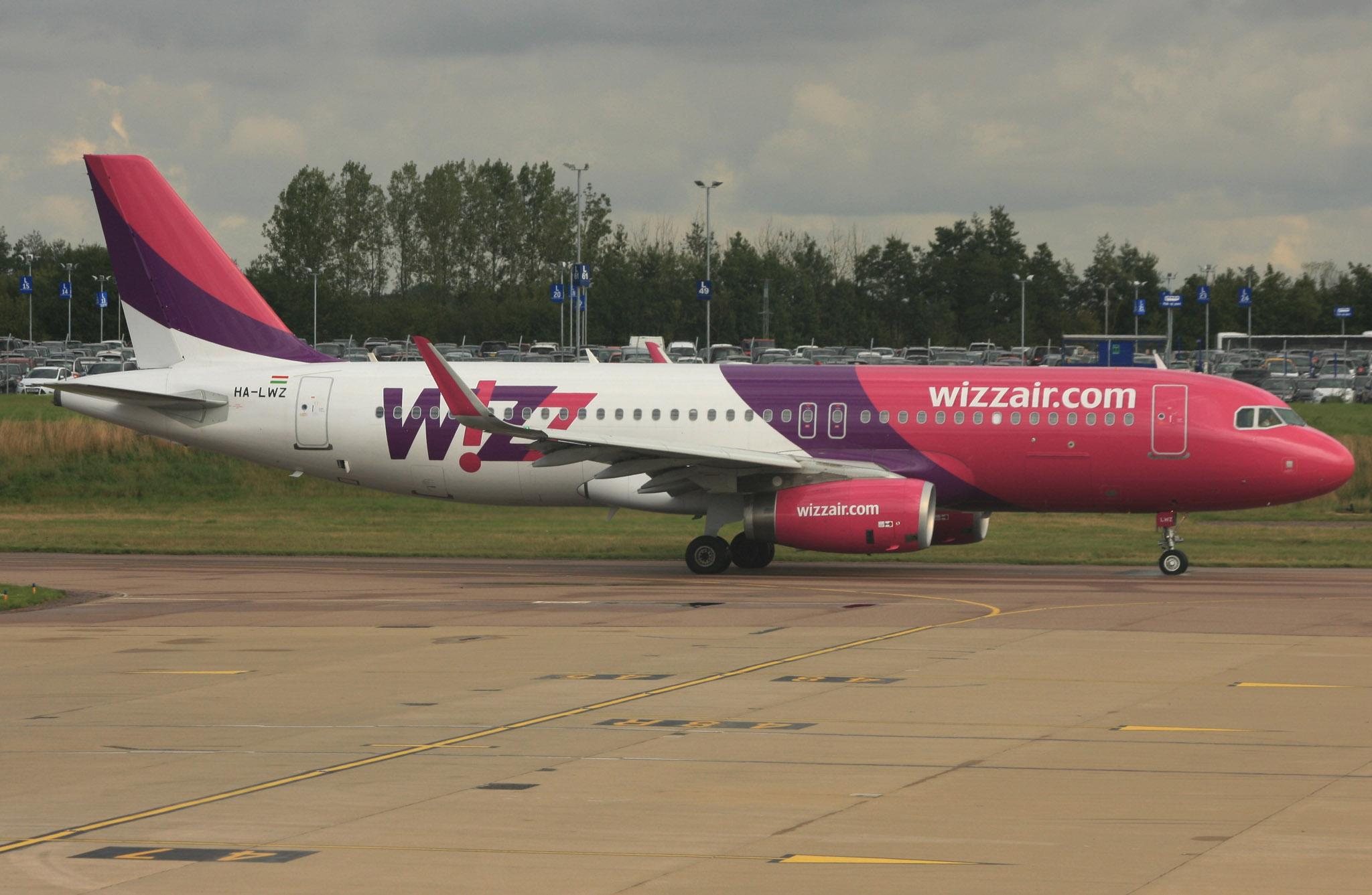 Wizz Air HA-LWZ (IMG5808 JL)