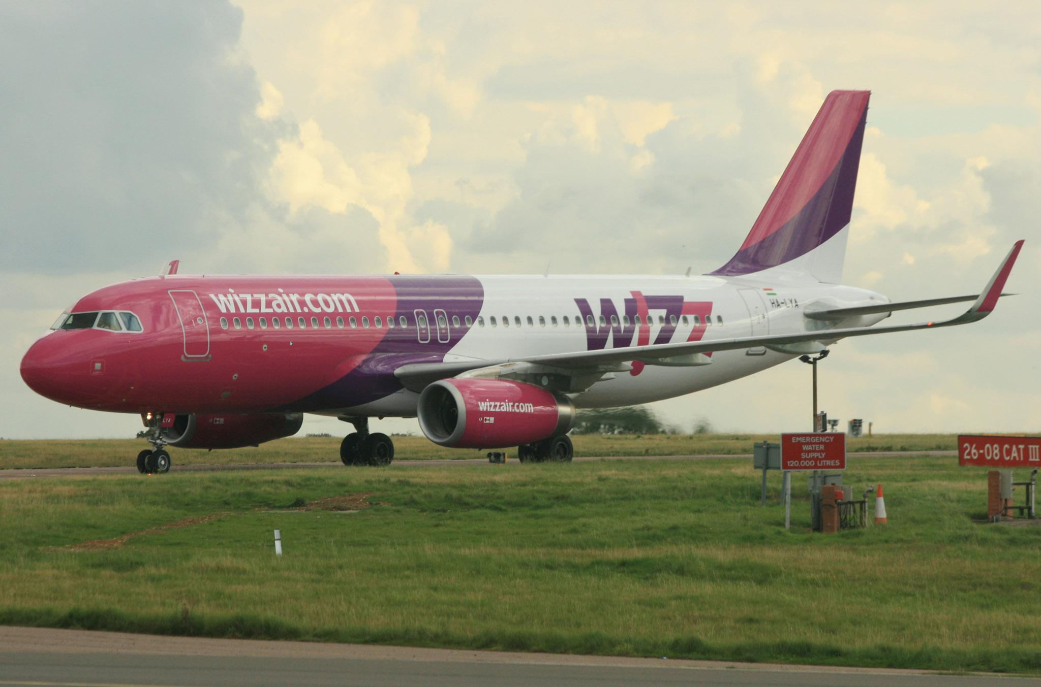 Wizz Air HA-LYA (IMG5851 JL)