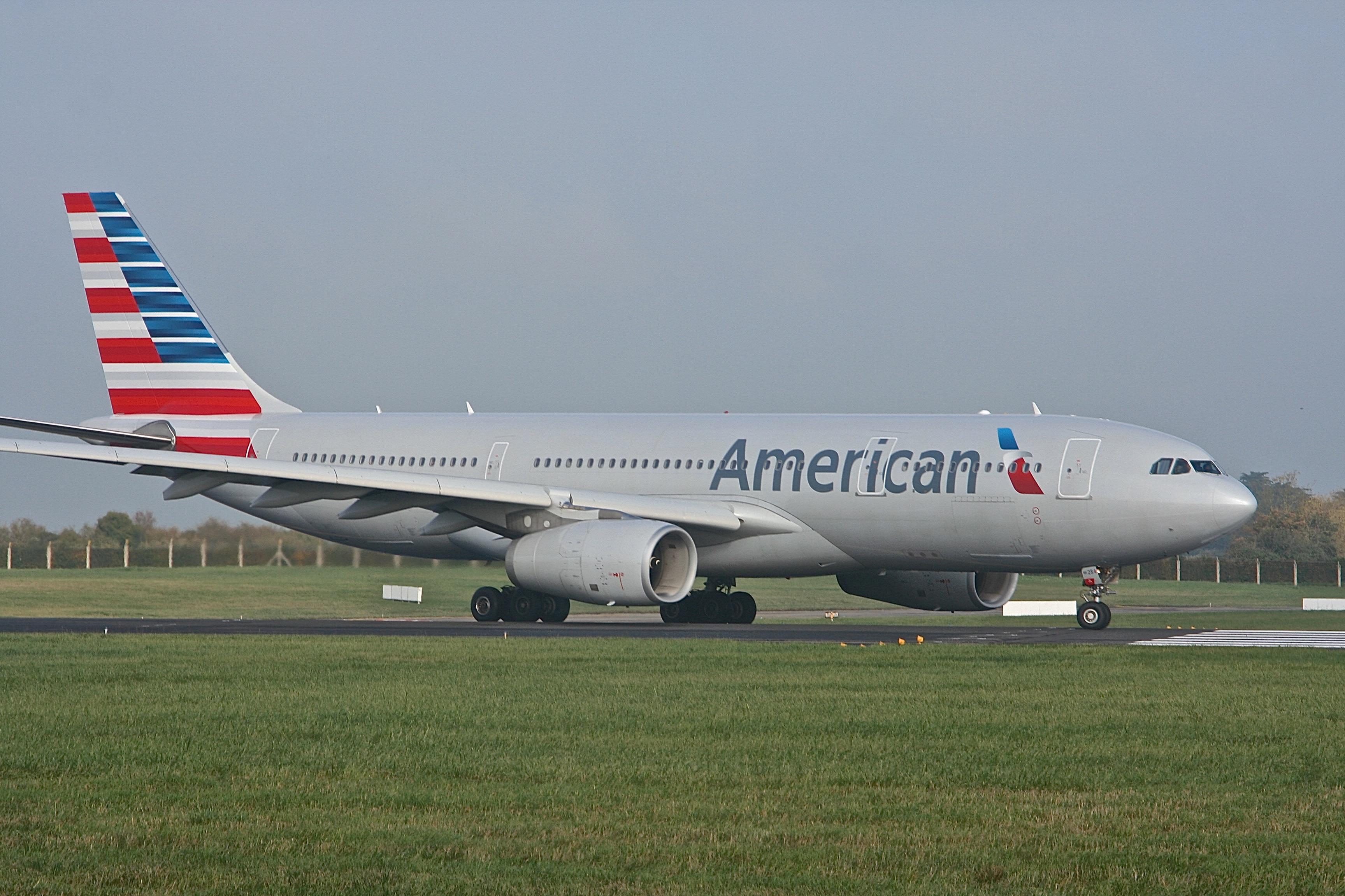 American A330(AD)