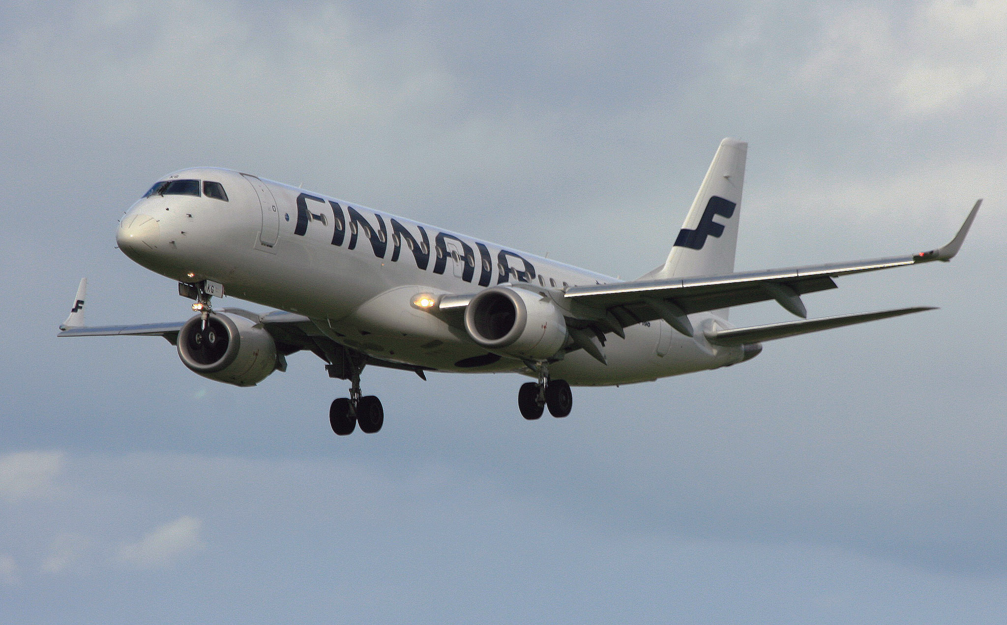 Finnair Embraer (5207 JL)