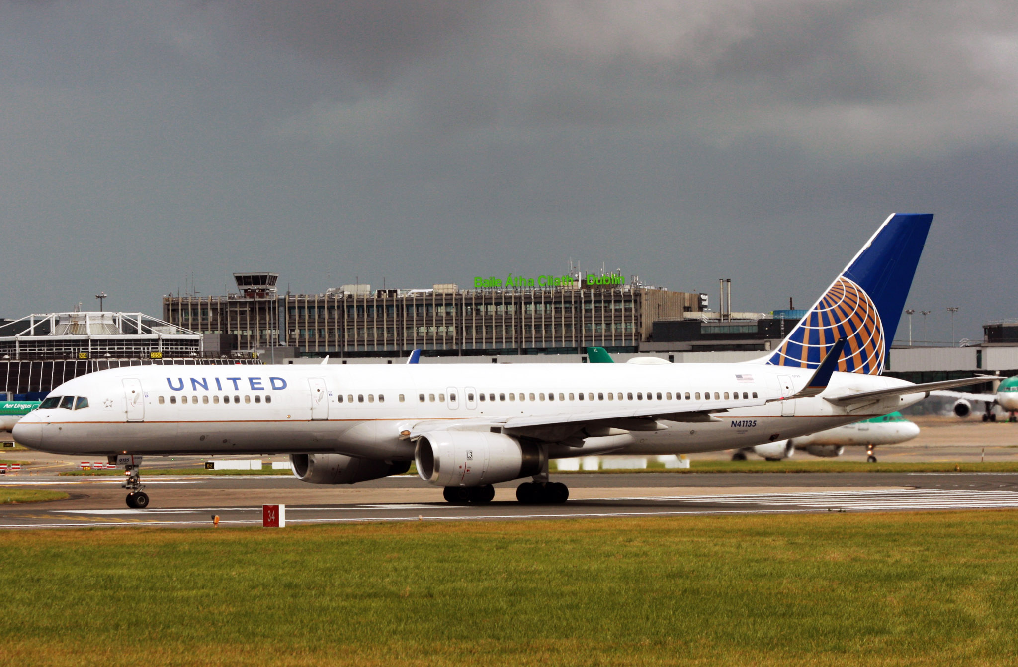 United Airlines Boeing 757 (IMG4863 JL)