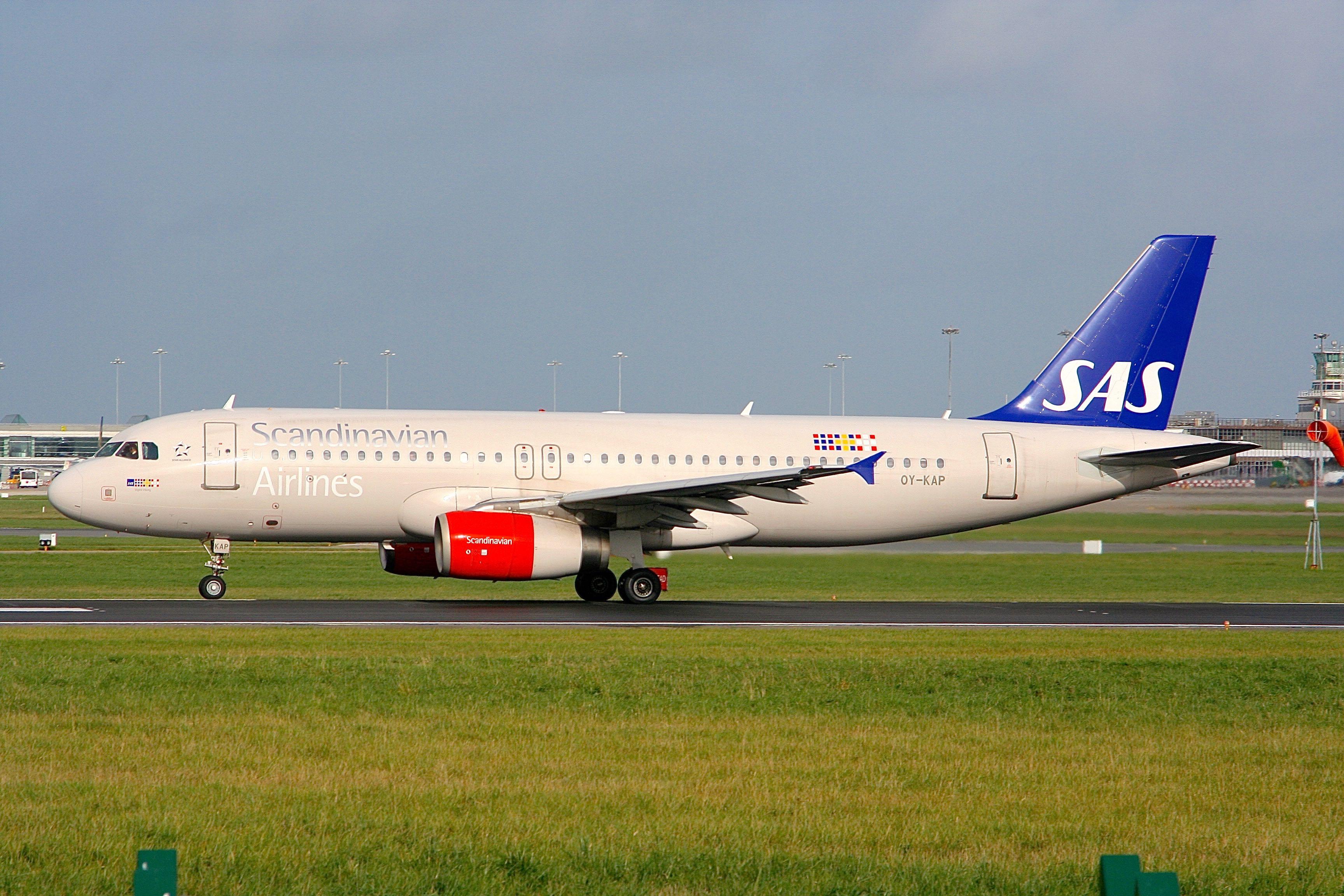 Airbus A330-343 - Scandinavian Airlines - SAS   Aviation Photo ...