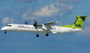 Bombardier Dash 8 Q-400 of Air Baltic YL-BBW (IMG6046 JL)