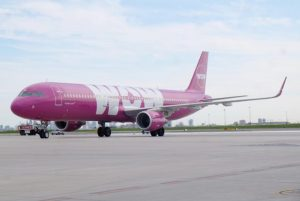 TF-MOM WOW Air