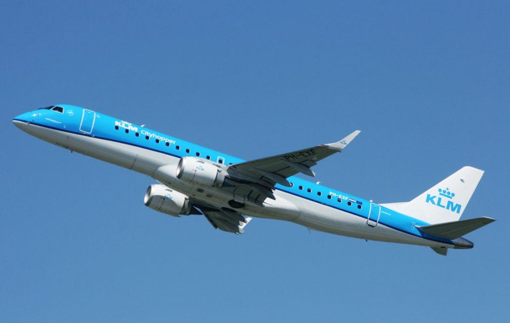 KLM Embraer 190 PH-EXF (IMG9377 JL)
