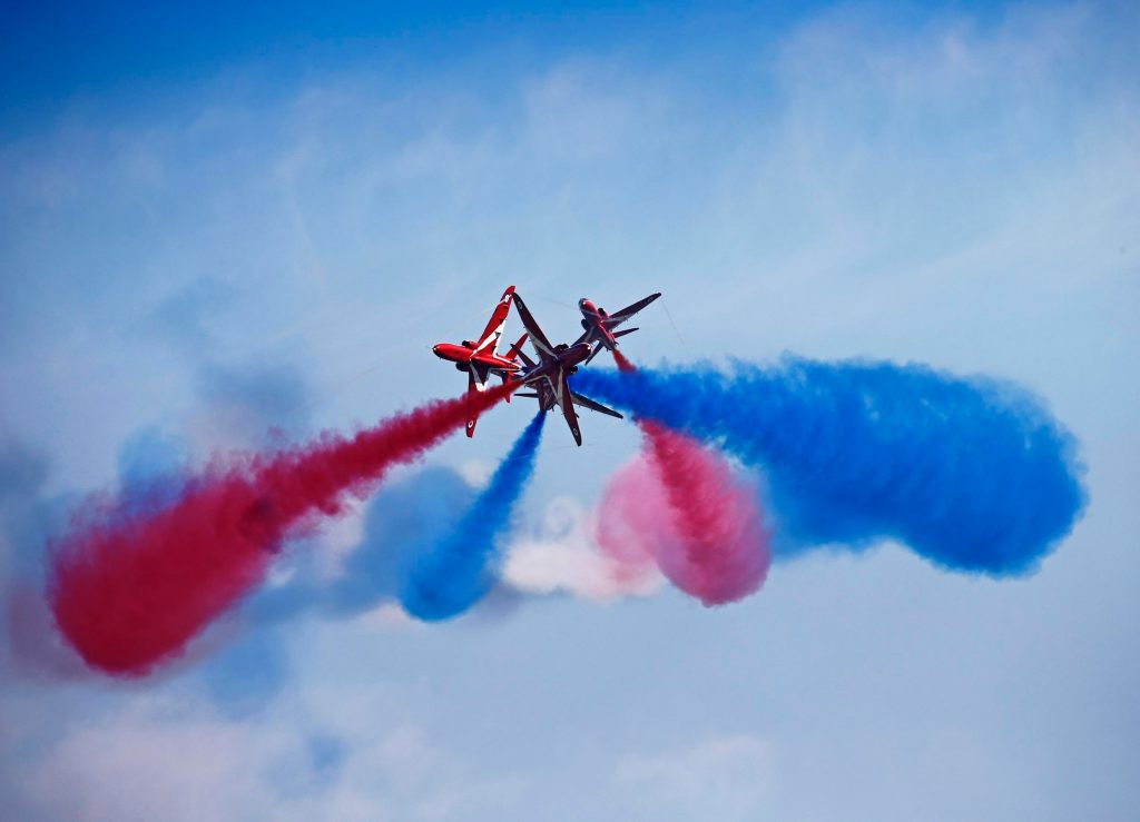 RAF Red Arrows formation (RAF 20150430-602-154)