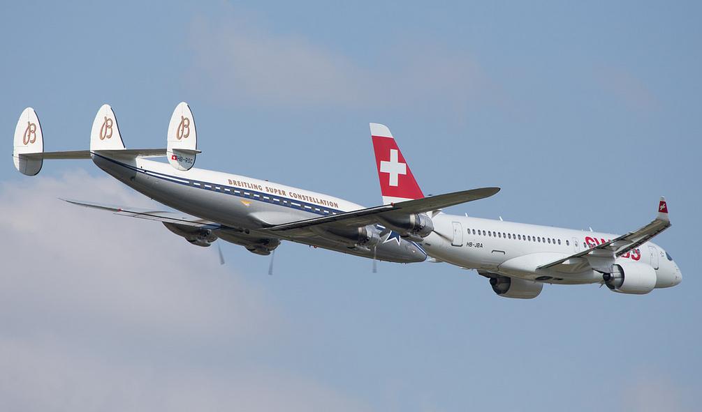 C Series flypast over Zurich (Michael Steffen)