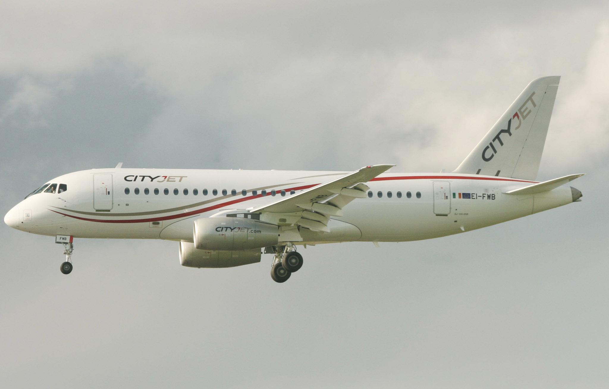 CityJet SuperJet EI-FWB on arrival (IMG1077 JL)