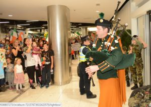 52nd-inf-group-welcomed-home-by-piper