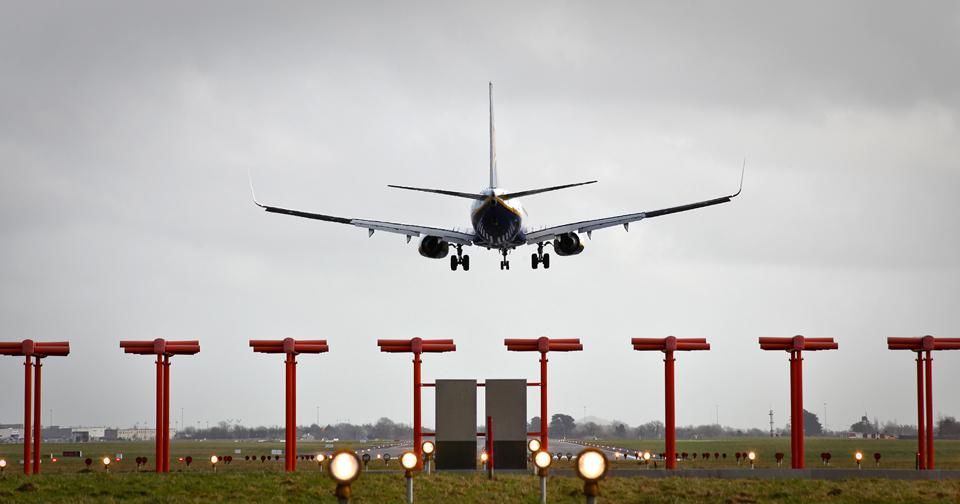 dublin-airport-landing