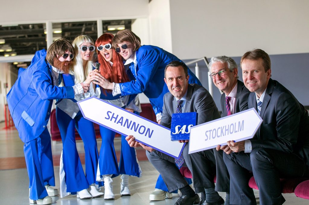 """NO RERO FEES Shannon Airport welcomes new SAS service to Stockholm Tuesday 11th October 2016: Shannon Airport is delighted to welcome the announcement today by Scandinavian Airlines (SAS) that it is to launch a new service from Shannon to Stockholm in Sweden. The new service will operate twice a week on Tuesday's and Saturday's from 1st August until 7th October 2017. Welcoming the announcement Matthew Thomas, CEO, Shannon Group said: """"This new service will not only have a positive impact for inbound tourism for the West of Ireland, but will also provide valuable business connectivity as people using the service will be able to connect at the SAS hub at Stockholm Arlanda Airport for flights to over 22 destinations including Copenhagen, Oslo Helsinki, Gothenburg, Billund, Tallinn, Riga and Vilnius and a host of domestic airports in Sweden. The announcement is another first for Shannon and a great boost for the region by one of the world's major airlines. We are thrilled to welcome SAS to Shannon and we look forward to working with them to ensure the success of the new service."""" Pictured with ABBA L-R are Andrew Murphy, Chief Commercial Officer Shannon Group, Alan Sparling, GSA for SAS in Ireland and  Matthew Thomas, CEO, Shannon Group .Pic Arthur Ellis."""